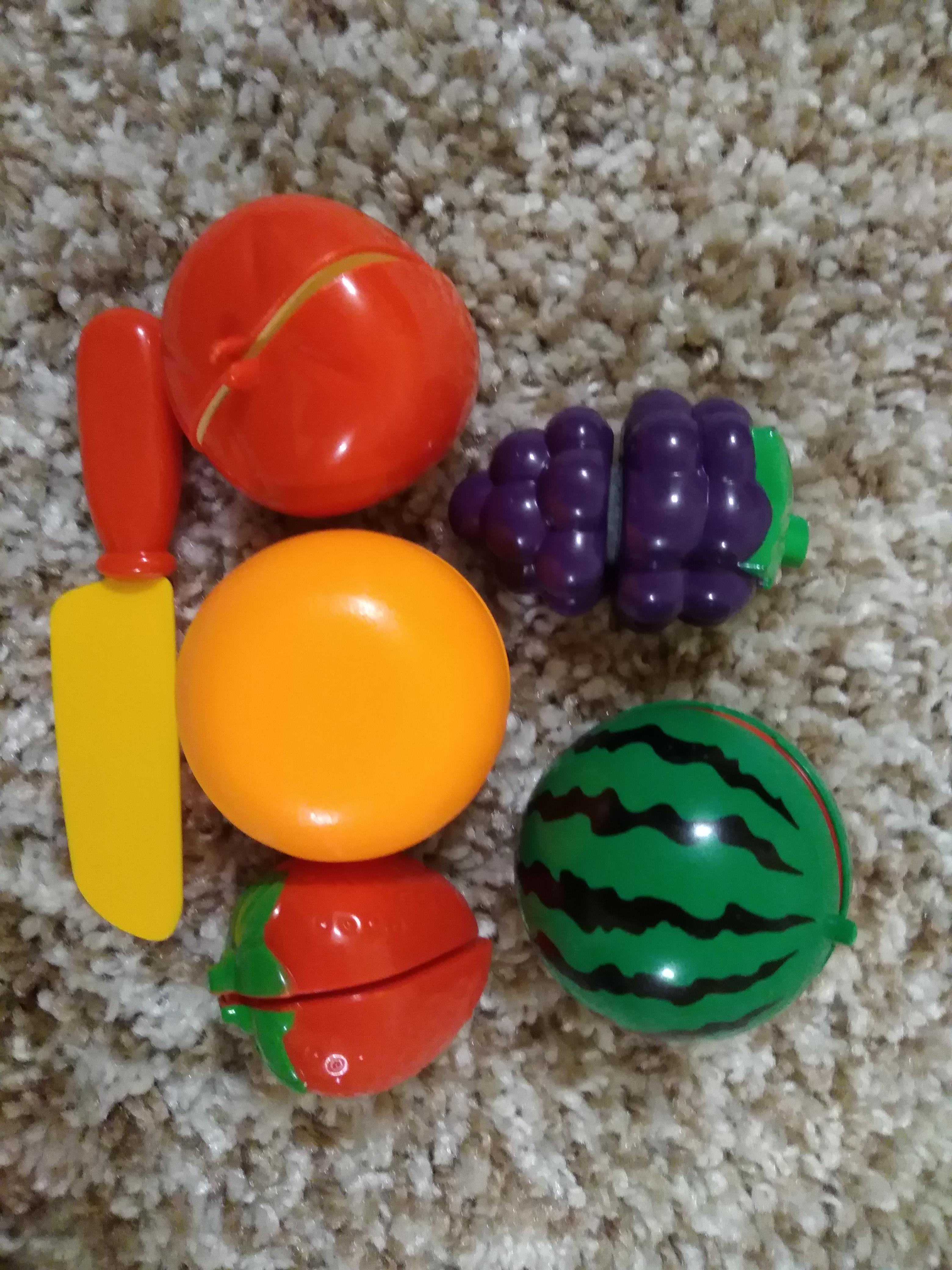 Игрушечные фрукты
